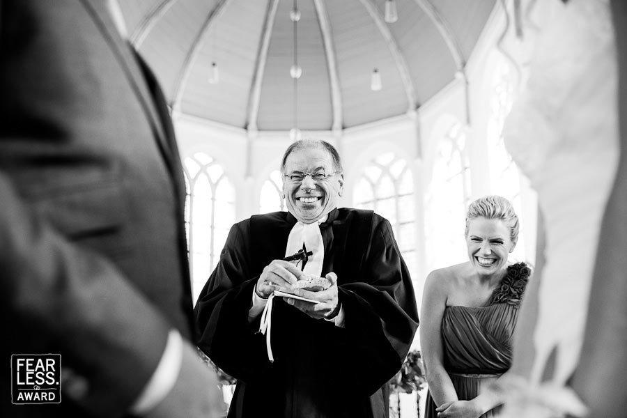 Fearless Award lachende dominee - Marieke Zwartscholten fotografie